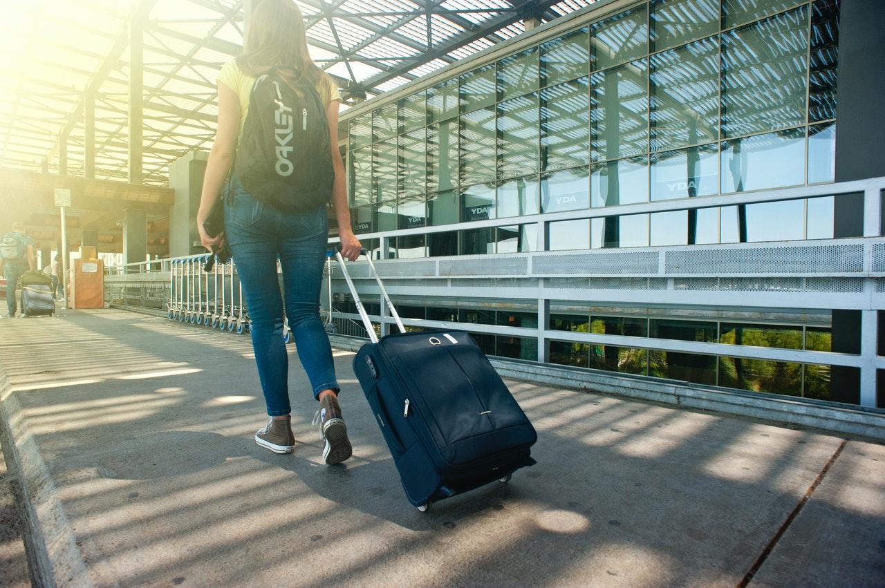 Onde encontrar pessoas para fazer uma viagem? (Foto de VisionPic .net no Pexels)