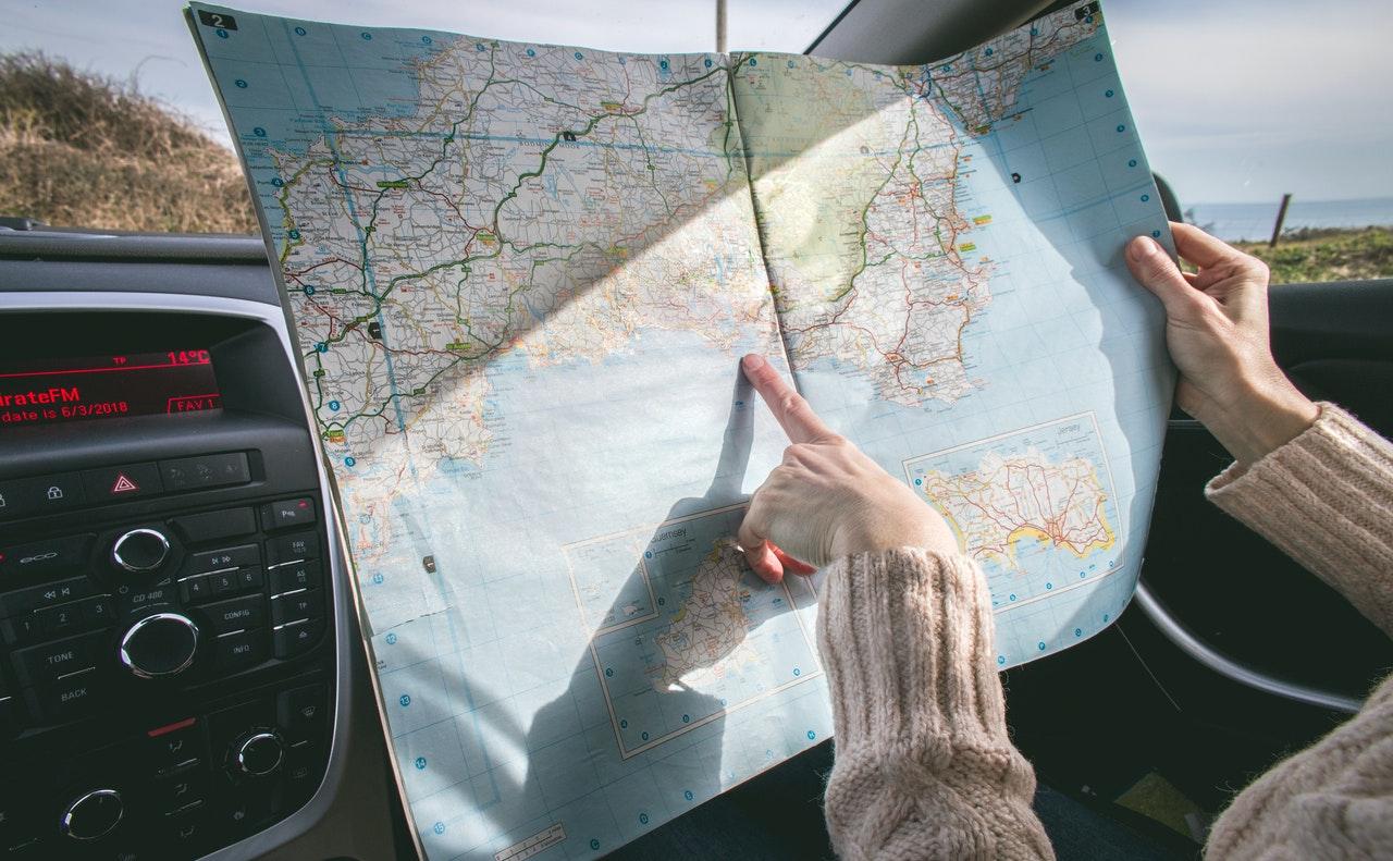 Como viajar quando você estuda e não tem dinheiro (Foto de Dominika Roseclay no Pexels)